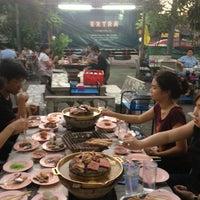 Photo taken at เฉินหลงกุ้งย่าง by DOz K. on 1/12/2013