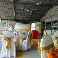 Photo taken at Surau Sarman Al-Farisi, Kem Batu Kentonmen by Eda A. on 7/27/2016