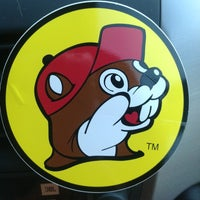 Photo taken at Buc-ee's by Rob Mc C. on 11/7/2012