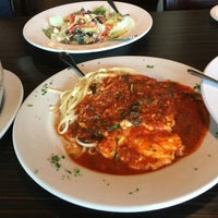 Photo taken at Bari's Italian Restaurant by Marie F. on 5/25/2016