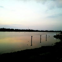 Photo taken at เข่ือนเรียงหิน by UncleWhite P. on 2/28/2015