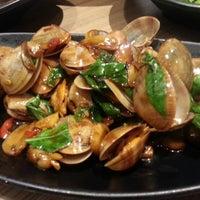 Photo taken at Fong Lye Taiwan Restaurant (蓬莱茶房) by Eigna G. on 1/12/2013