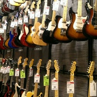 Photo taken at Guitar Center by Carolyn on 10/7/2012