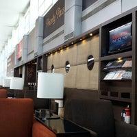 Photo taken at Plaza Premium Lounge by Barun R. on 5/30/2013