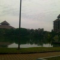 Photo taken at Universitas Indonesia by Nadya V. on 5/27/2013