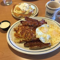 Photo taken at IHOP by Larry Jay D. on 6/2/2015