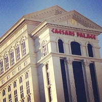 Photo taken at Caesars Palace Hotel & Casino by 🐇Анна З. on 11/2/2013