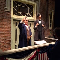 Photo taken at Abraham Lincoln Presidential Museum by Erik R. on 10/4/2016