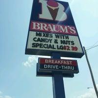 Photo taken at Braum's Ice Cream & Dairy Stores by Matthew R. on 6/20/2013