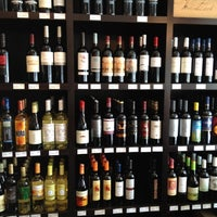 Photo taken at Swirl Wine by Isidoro P. on 9/17/2012