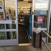 Photo taken at Walgreens by Alex T. on 8/21/2016