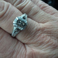 Photo taken at Kay Jewelers by Cheryl L. on 10/31/2012