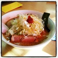 Photo taken at らーめんゆうきや総本店 by SISIMARU I. on 9/21/2014