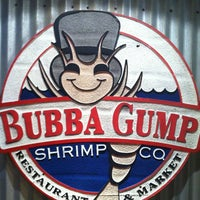 Photo taken at Bubba Gump Shrimp Co. by Jess E. on 10/15/2012