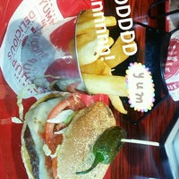 Photo taken at Red Robin Gourmet Burgers by Amelia M. on 6/24/2016