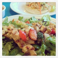 Photo taken at Wahoo's Fish Taco by Vincent M. on 8/7/2013