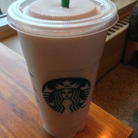 Photo taken at Starbucks by Éric on 7/12/2013
