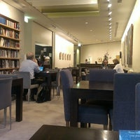 Photo taken at Art Gallery of NSW Members Lounge by Garry L. on 3/20/2013
