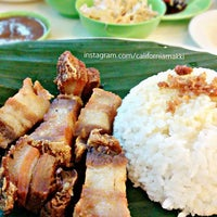 Photo taken at Bacolod Chicken Inasal by makki t. on 12/23/2015