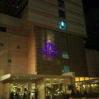Photo taken at Grand Mercure Bangkok Park Avenue by Wonseok L. on 10/26/2011