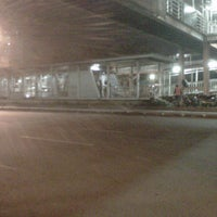 Photo taken at Halte TransJakarta Salemba Carolus by Marlon Alex N. on 11/1/2011