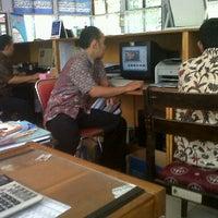 Photo taken at Badan Pelayanan Perijinan Terpadu (BPPT) Tulungagung by Reza Z. on 9/8/2011