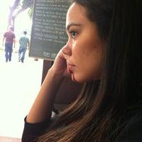 Photo taken at Filet & Folhas by Ana R. on 5/25/2012