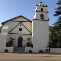 Photo taken at Mission San Buenaventura by Yunea C. on 4/28/2013