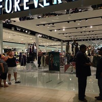 Photo taken at Forever 21 by Ramsey N. on 10/4/2013