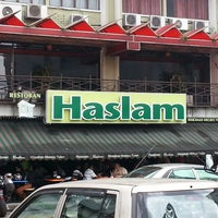 Photo taken at Restoran Haslam by F. S. on 6/11/2013