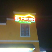 Photo taken at El Mesón Sandwiches by ArkhangeL D. on 1/10/2016