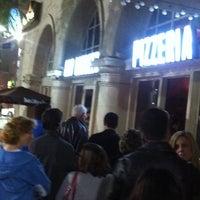 Photo taken at 800 Degrees Neapolitan Pizzeria by R C. on 11/26/2012