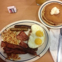 Photo taken at IHOP by Camila O. on 3/22/2013
