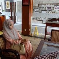 Photo taken at Hotel Pakumas by Cut I. on 5/30/2016