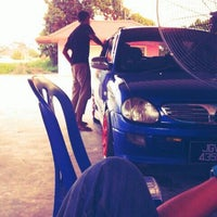 Photo taken at Azeez Car Wash by Syukri B. on 3/2/2013