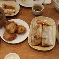 Photo taken at Noble Chinese Restaurant by Marie R. on 1/12/2015