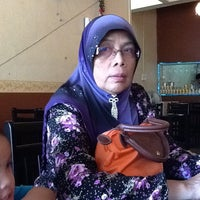 Photo taken at Restoran Duang Dee by Raha R. on 1/28/2013