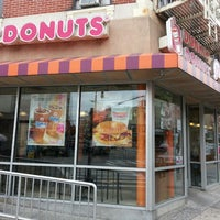 Photo taken at Dunkin' Donuts by Richard T. on 7/12/2013
