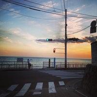 Photo taken at 稲村ヶ崎海岸 by xxxxx703xxxxx n. on 9/17/2013