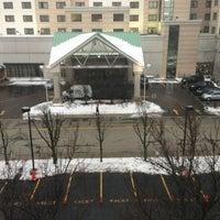 Foto tomada en DoubleTree by Hilton Hotel Chicago O'Hare Airport - Rosemont por Vince B. el 2/27/2013