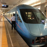 Photo taken at 小田急 新宿駅 2-3番線ホーム by Toshihide K. on 7/2/2013