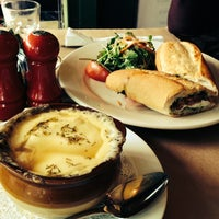 Photo taken at Le Grainne Cafe by Hanjin K. on 10/8/2013