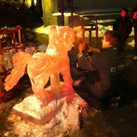 Foto scattata a Danbury Public Library da gretchen c. il 12/31/2012
