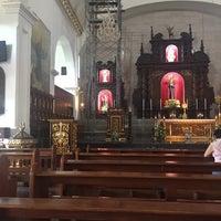 Photo taken at Santuario de San Pedro Bautista Parish by Reggie on 5/9/2016