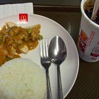 Photo taken at McDonald's by Aquapatindra V. on 8/13/2016