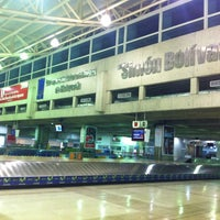 Photo taken at Simón Bolívar International Airport  by Favio G. on 4/30/2013