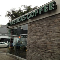 Photo taken at Starbucks Coffee by Ricardo on 7/5/2013