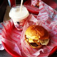 Photo taken at Good Stuff Eatery by Jonathan R. on 5/30/2013