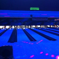Photo taken at Brunswick Thousand Oaks Bowl by Eleya M. on 9/30/2012