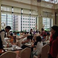 Photo taken at 寒軒國際大飯店 Han-Hsien International Hotel by Michael W. on 7/21/2013